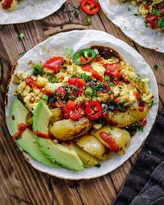 Simplest tofu scramble served on toast with spicy ketchup or get fancy and make a full Sunday brunch! Delicious, oil-free, dairy-free, and healthy! Leftover Baked Potatoes, Cubed Potatoes, Tofu Recipes, Cooking Recipes, Healthy Recipes, Vegan Alternative To Eggs, Scrambled Tofu Recipe, Vegan Comfort Food, Vegan Food