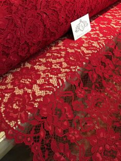 "0.5Meter Red Double Edges Symmetry 100/% Cotton Embroidery Fabric 51.18/"" Width"