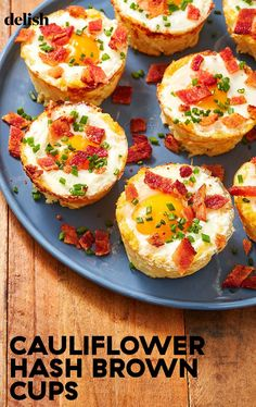 Cauliflower Hash Brown Egg Cups Are A Breakfast Miracle - Cauliflower Hash Brown Egg Cups Are A Breakfast MiracleDelish La mejor imagen sobre diy crafts para - Breakfast Appetizers, Low Carb Breakfast, Breakfast Dishes, Breakfast Recipes, Breakfast Casserole, Breakfast Items, Egg Recipes, Brunch Recipes, Low Carb Recipes
