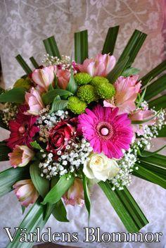 www.varldensblommor.se På vår web sida hittar ni KLICKBARA ikoner för att komma till: PINTEREST FACEBOOK TWITTER INSTAGRAM GOOGLE PLUS GOOGLE MAPS YOUTUBE Världens Blommor Annorlunda Blomsterbutik
