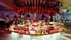 Mesa de dulces fucsia