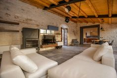 Perfect combination stone and wood - Renovation of a Rural Home in Scicli (5)