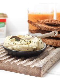 Knoflookboter Camembert Cheese, Bbq, Food And Drink, Dairy, Dressing, Gourmet, Barbecue, Barrel Smoker