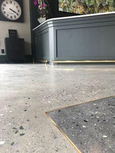 Flur Ottensen concrete flooring brass inlay terrazzo How to buy Rugs Article Body: Points to Ponder Concrete Kitchen Floor, Polished Concrete Flooring, Stone Flooring, Kitchen Flooring, Terrazo Flooring, Floor Design, House Design, Appartement Design, Terrazzo Tile