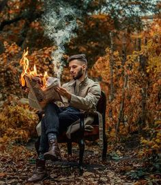 Dreamlike and Surreal Photography by Viktor Dikanchev Traumhafte und surreale Fotografie von Viktor Dikanchev Fire Photography, Portrait Photography Men, Concept Photography, Photography Poses For Men, Surrealism Photography, Creative Photography, Photography Hashtags, Funny Photography, Photography Classes