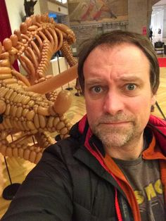 david hewlett apology