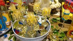 Muitos doces na mesa decorada da #Márciacolonese em festa realizada no #buffetinfantil #minilandbuffet  #buffetminiland #Princesa #BrancadeNeve #Disney