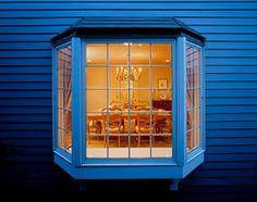How much does bay window installation cost? Bay Window Bedroom, Bedroom Windows, Front Windows, Windows And Doors, Bay Windows, Beverly Hills Apartment, Bay Window Exterior, Garden Windows, Aluminium Windows