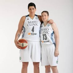 Janel McCarville and Lindsay Whalen (Photo by David Sherman/Getty Images)