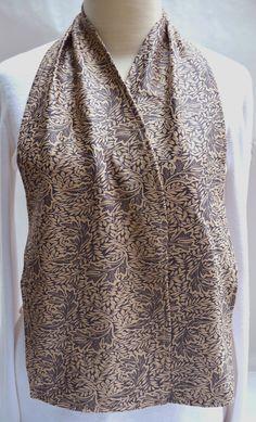 PERSONAL CARE | ADULT BIBS | Leaf Print Cravaat - DinerWear dining scarf as adult bib made of brushed microfiber