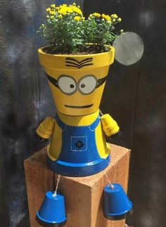 Adorable Minion Flower Pot found on Pinterest
