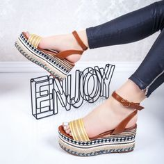 Sandale dama cu platforma galbene Marisia
