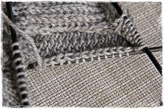 Suvikumpu: Pitsisukat Knitting Socks, Handicraft, Crochet, Tights, Knit Socks, Craft, Arts And Crafts, Ganchillo, Crocheting