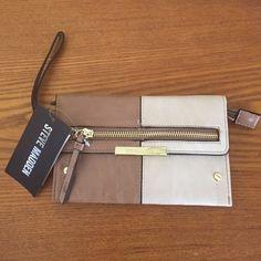 Steve madden wallet  just in Steve Madden 2 tone wristlet wallet 7.5 X 5  Steve Madden Bags Clutches & Wristlets