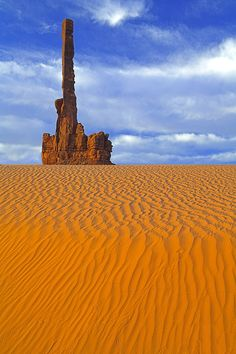 Totem Pole at Monument Valley, Utah, USA