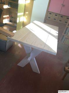 Ett enkelt kryssbord. . . . .