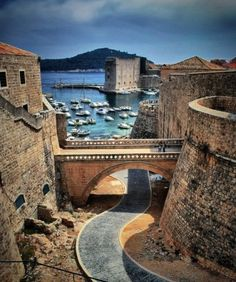 Dream Destination: Daydreaming of Dubrovnik, Croatia. Located on the Adriatic Sea coast with a pop. 42,641, this city is a World Heritage site and is listed among the top 10 best medieval walled cities in the world! The bordering walls run nearly 2kms around the city and are between four to six metres thick on the land side (thinner on the seaward side wall).