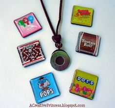 Sugar Bee Crafts: interchangeable necklace!  Love it