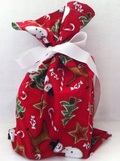 skip the paper and go fabric with @VZWraps Fabric Gift Bags  Wraps reusable eco friendly gift bags for Christmas or any occasion. Custom order too like Bridal showers, baby showers, parties. kitchentable4.com