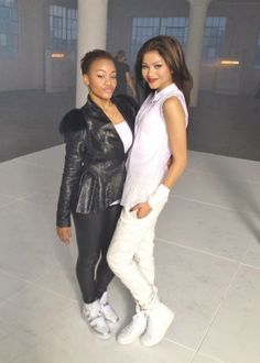valdayaarmy:  Dominique Battiste and Zendaya on the set of 'Replay'