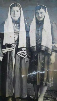 Old Circassian women
