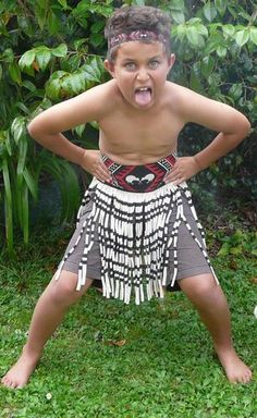This Maori Boys Kapa Haka costume is a delightful and inexpensive way of dressing up for event. Diy Costumes For Boys, Boy Costumes, Social Studies For Kids, Harmony Day, Dragon's Teeth, Warrior Costume, Cute Little Boys, Costume Design, Art Ideas