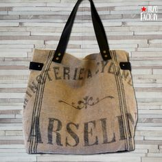 http://ipsofactory.canalblog.com/albums/creations_textile_ancien/photos/96772658-tote__minoterie_1.html