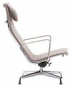 Charles Eames Aluminium Group Chair EA 124 (1958)