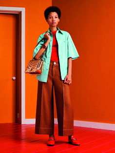 Bally Women's SS17 Campaign