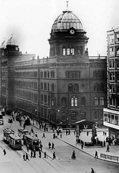 Das Koenigliche Polizeipraesidium am Alexanderplatz in den 30ern