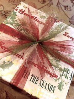 Gift wrapping with tulle ribbon! #tulleribbon #giftwrappingideas #christmaswrap http://www.nashvillewraps.com/tulle/mc-033.html Present Wrapping, Wrapping Ideas, Gift Wrapping Bows, Creative Gift Wrapping, Christmas Present Ribbon, Christmas Bows, Christmas Gift Wrapping, Christmas Presents, Holiday Gifts