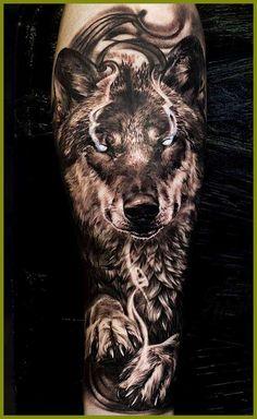 Wolf tattoo design tattoos for men tatuajes de lobos, tatuaj Wolf Tattoo Forearm, Wolf Tattoo Sleeve, Cool Forearm Tattoos, Best Sleeve Tattoos, Badass Tattoos, Tattoo Sleeve Designs, Tattoo Designs Men, Cool Tattoos, Design Tattoos