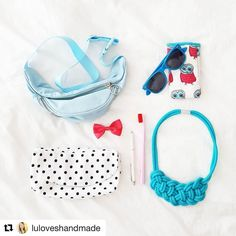 Oldie but Goldie. Die Liebe zum eigenen Stöffchen hält Jahre. Schön Lus Eulenstöffchen wiederzusehen und so ein Brillentäschen wäre auch ein super Probedruck-Projekt. #wiedersehenmachtfreude #Repost @luloveshandmade (@get_repost) ・・・ Eeeeks, I am going to Paris for the first time in my life and yesterday I packed my stuff. 🗼💄👜 Here are some travel essentials: a bumbag, sunnies, my handmade owl case with the fabric I once designed and printed at @stoffn.de, a dotty pouch which I sewed…