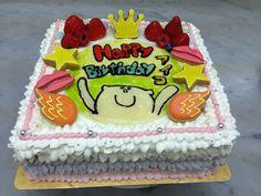 アーティストさんのケーキ Birthday Cake, Desserts, Food, Tailgate Desserts, Deserts, Birthday Cakes, Essen, Postres, Meals