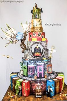 Harry Potter Big cake – cake by Cindy Sauvage - birthday Cake Ideen Harry Potter Torte, Harry Potter Desserts, Harry Potter Birthday Cake, Theme Harry Potter, Harry Potter Food, Harry Potter Wedding Cakes, Big Cakes, Crazy Cakes, Birthday Cakes For Teens
