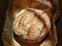 Oppskrift på landbrød i gryte av Sverre Sætre - DN. Food And Drink, Bread, Baking, Soup, Bread Making, Patisserie, Backen, Soups, Breads