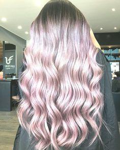 Kannst du rosa oder violett sehen? Gefärbt von Hair Bae Shop über den Link in unserer Bio Shops, Bae, Long Hair Styles, Link, Beauty, Fashion, Pink, Moda, Tents