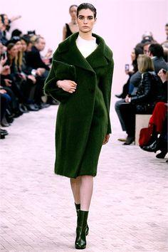 Sfilata Céline Paris - Collezioni Autunno Inverno 2013-14 - Vogue