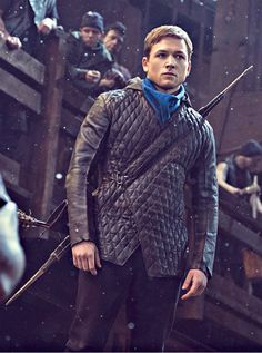 Taron Egerton as Robin Hood in Robin Hood Hot Actors, Actors & Actresses, Taron Egerton, Image Film, Mae West, Kings Man, Gene Kelly, Dita Von Teese, Film Serie