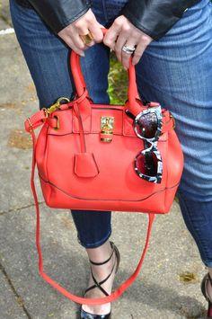 Kiki Simone Fashion - Fashion blog by Kiki Simone Williamson: clothing: DENIM OVERALLS KIND OF DAY