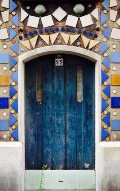 Paris, France i like how the tiles atop the door are angled so that they look like a banner. Cool Doors, Unique Doors, Door Knockers, Door Knobs, Paris Vintage, When One Door Closes, Grades, Entrance Ways, Door Gate