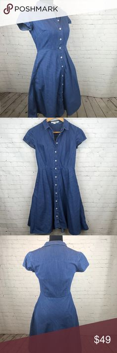 """Boden Button Up Short Sleeve Denim Dress Size 4R Boden Button Up Short Sleeve Denim Dress Size 4R Wear it to brunch or out on a date, wherever you go, you'll love your look. This a-line dress can be worn on its own, with a leather jacket thrown on top or paired with tights & boots. Approximate measurements waist 13"""", pit to hem 28"""", pit to pit 16"""", back collar to hem 38"""". Preowned from a smoke free home in great used condition. Check out the rest of my closet to create your own custom bundle…"""