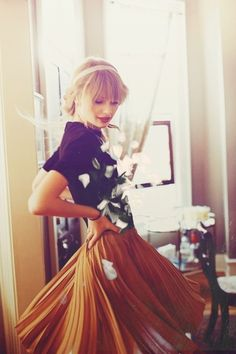 Taylor Swift looking adorable as always!