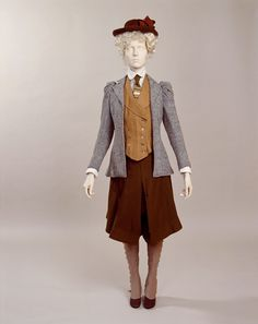 beatonna: Cycling Ensemble 1895-1900 British Manchester City Galleries  it's all I want to wear for life