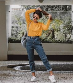 22 super comfortable outfits for students - fashion and outfit trends - 22 super comfortable outfits for students Mode Outfits, Jean Outfits, Casual Outfits, School Outfits, Outfits With Mom Jeans, Sporty Dresses, Fall Outfits, Casual Dresses, Hiking Outfits
