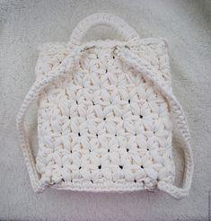 Купить Вязаный рюкзак с цветочным узором - белый, цветочный, вязаный рюкзак, рюкзак на заказ