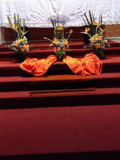 Decoración San José de la Montaña en naranja