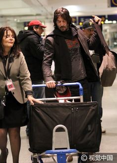 Oct 25, 2016 Keanu Reeves lands in Montreal to film John Wick