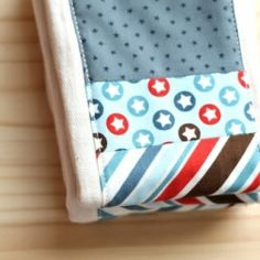 These quilted burp cloths made with cotton prefold diapers are not only adorbale, but multi-functional, making them one of the best gifts you can make for new mom's baby showe
