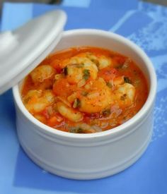 Fricassée-de-crevettes-antillaise Shellfish Recipes, Seafood Recipes, Cooking Recipes, Healthy Recipes, Tunisian Food, Haitian Food Recipes, Seafood Stew, Exotic Food, Asian Cooking